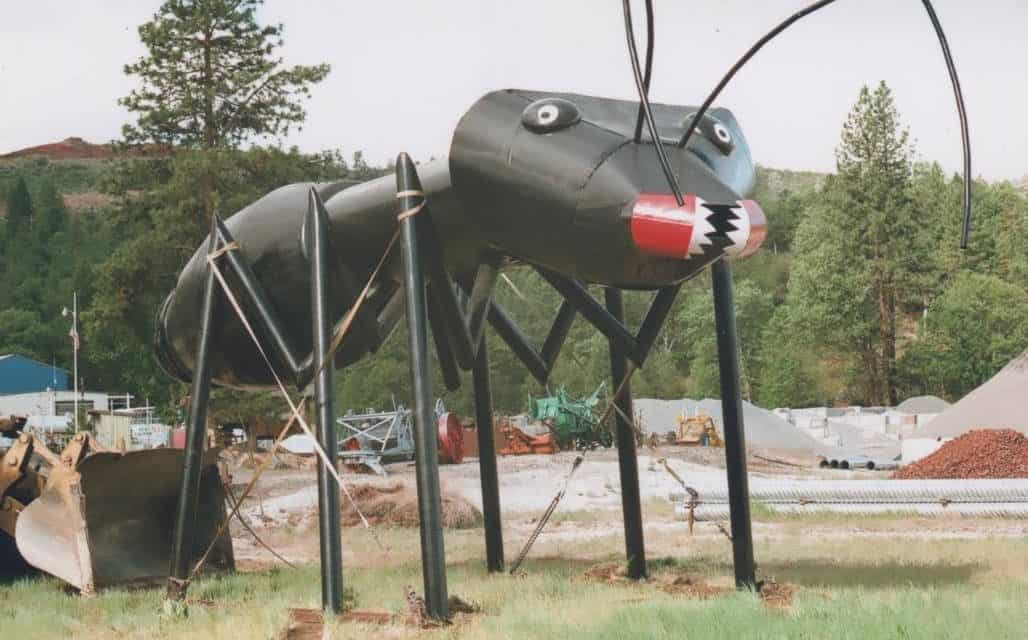 Hat Creek CA: Alien Research, Giant Metal Bugs Down the Road