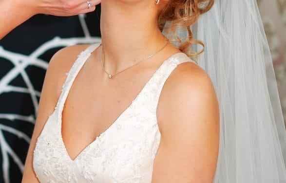 Picture Perfect Makeup Tips For Your Wedding Day