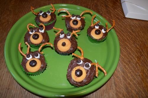 Fun Holiday Cupcakes