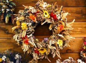 decoration-grasses-wreath