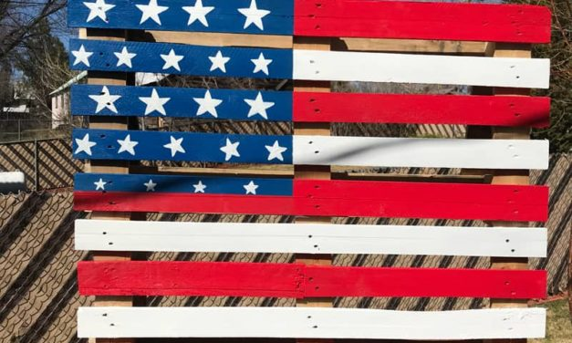 Art With Ashlee Pallet Flag Project