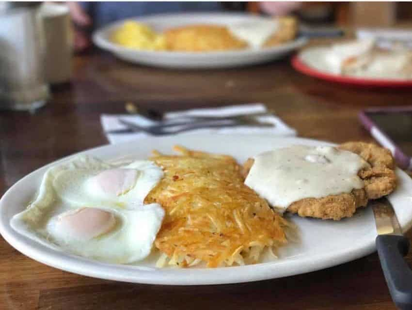 Tremont Cafe Red Bluff CA 530-200-2458 American Dining